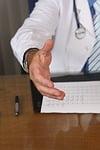 梅宮辰夫の現在の病状は十二指腸ガン!余命3ヶ月宣告の過去あり!